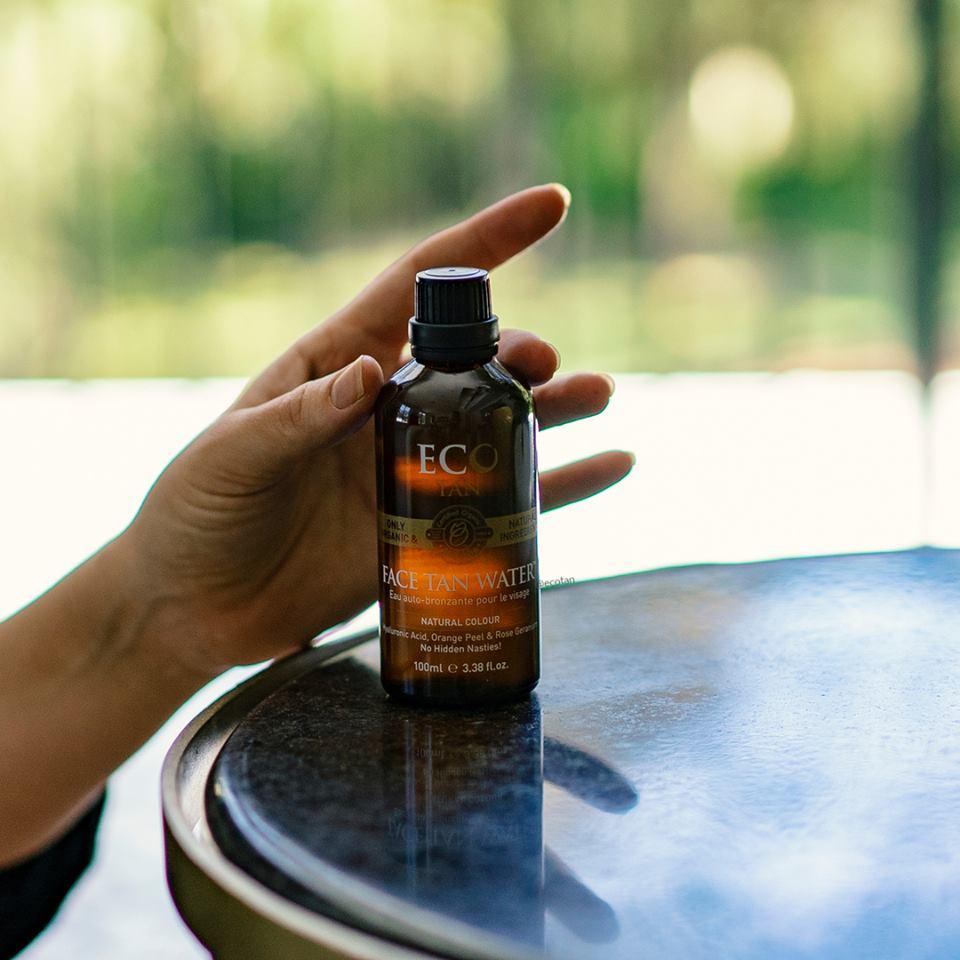avis Eau bronzante naturelle - avis eau bronzante Eco by sonya - bronzé toute l'année